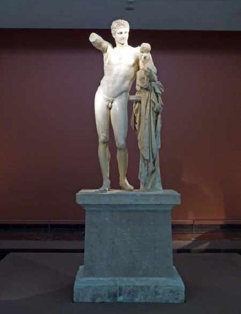Die Hermes Statue des Praxitiles im museum von Olympia