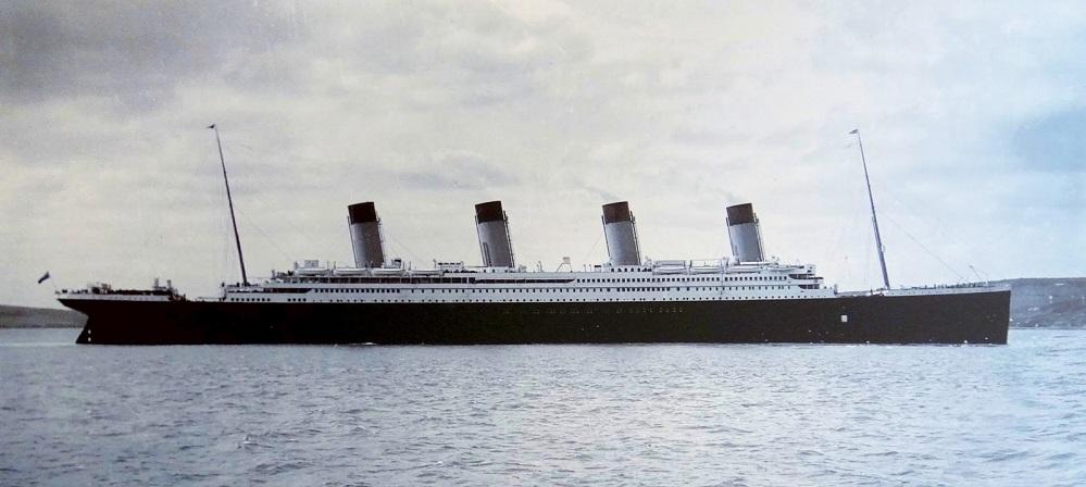 rms TITANIC vor Cobb 1912